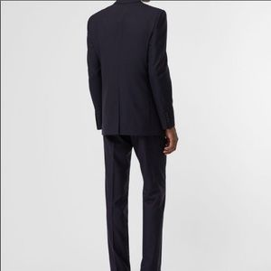 Burberry Suits & Blazers - 48R Burberry Suit